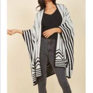 Oversized Poncho Style Cardigan EUC